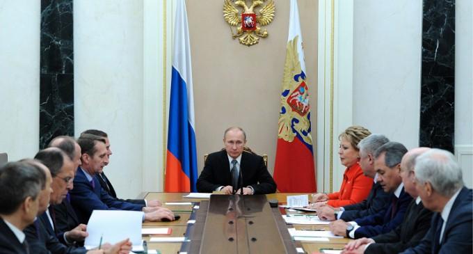 США могут применить в отношении России технологию «цветных революций»