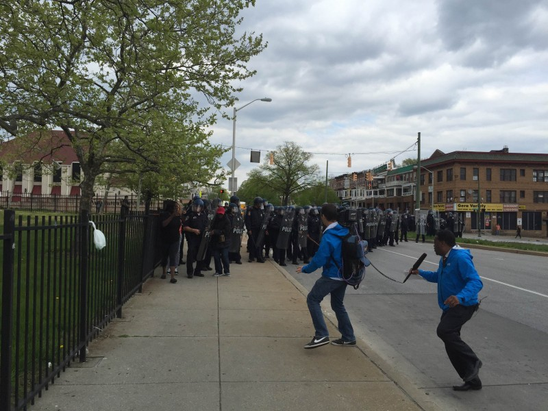 Baltimore police prepare to attack high school students (Fight Back! News/Staff)