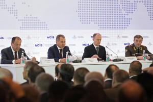From left to right: Foreign Minister Sergey Lavrov, Defense Minister Sergey Shoigu, Security Council Secretary Nikolai Patrushev, and Chief of the General Staff Valery Gerasimov opening the MCIS (RIA Novosti/Iliya Pitalev)