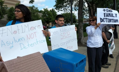 Minneapolis demands end to mass jailing of immigrant mothers and children