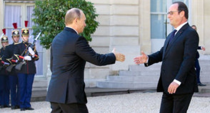 Putin asked to develop the plan of operation in Syria with France.