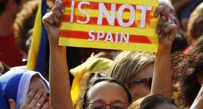 Spanish government violate a legal right of Catalan people to self-determination