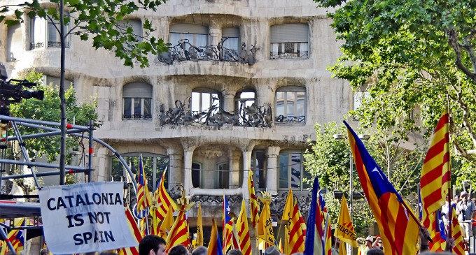 """Catalonia walks towards independence"" – Catalan News Agency"