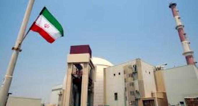 Санкции против Ирана продлены на год