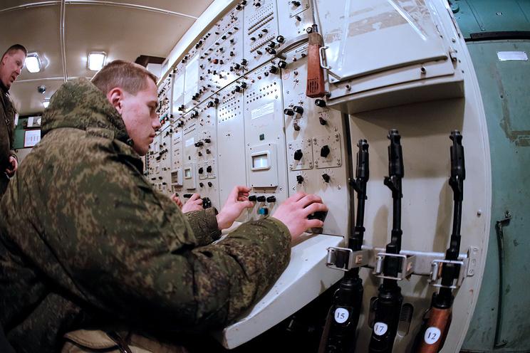 Russian troops in Crimea on high alert following Kiev's missile launch preparations