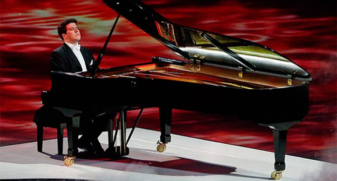 Russian pianist Denis Matsuev terrorized in US for supporting Putin
