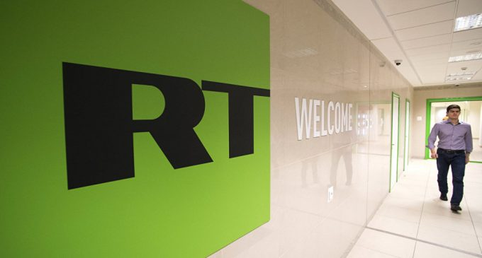 RT Slams 'Egregious' Breach of Journalistic Freedom After Reporter Arrest