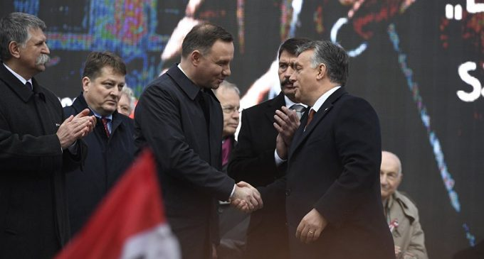 'New Eurosceptic Union'? Hungary, Poland Poised to Jointly Defy Brussels