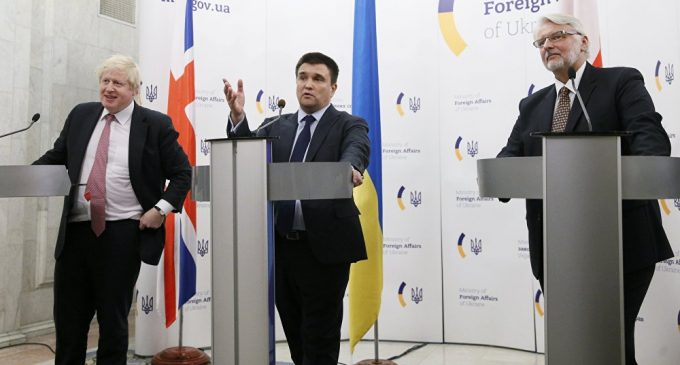 Bad Neighbors? UK, Polish Foreign Secs on 'Everything Is Rosy' Visit to Ukraine