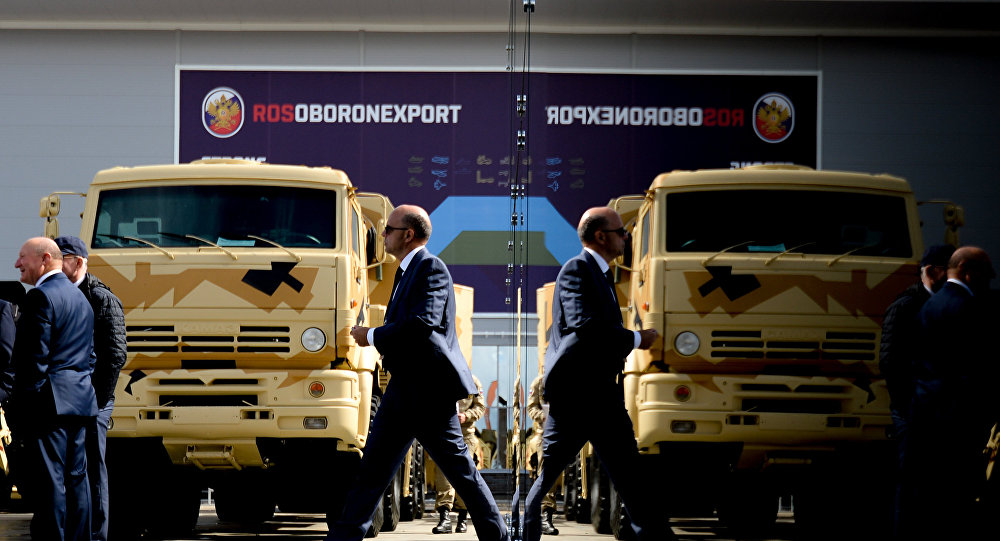 New US Sanctions Hinder Ties With Moscow, Leave Russian Defense Sector Unscathed