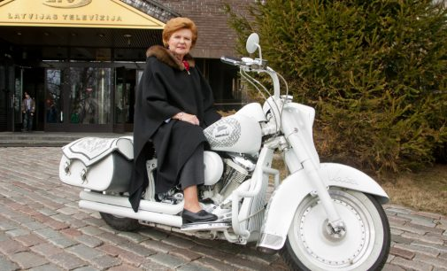 Идеальный политик в неидеальном мире… Вайра Вике-Фрейдберг