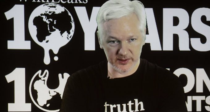 Assange Mocks CIA Head Over 'Non-State Intelligence Agency' Remark on Wikileaks