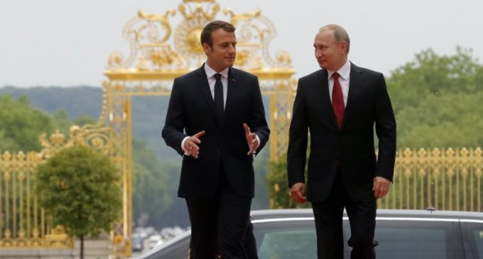 If France Decides to Lift Anti-Russian Sanctions 'War in Ukraine Will End'