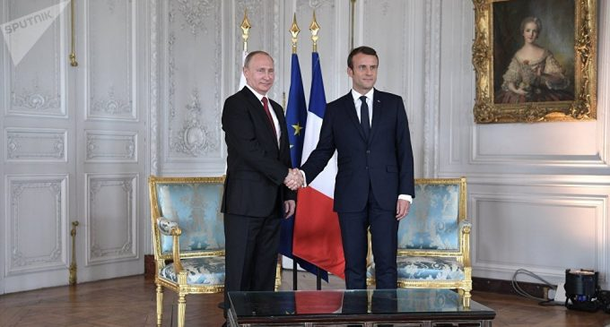 Vladimir Putin and Emmanuel Macron Hold Joint Press Conference