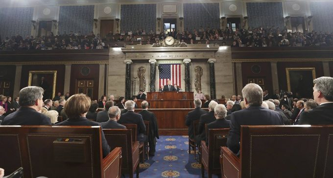 US 'Constitutional Shift': Powerless President and Omnipotent Congress