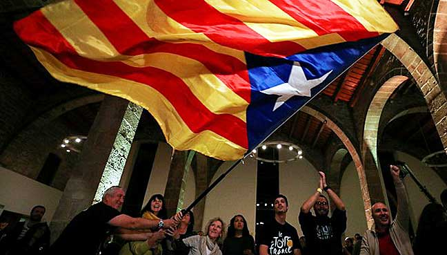 Catalan freedom fighters win absolute parliamentary majority