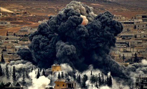 """Moscow Slams """"Illegal US Presence in Syria"""" Following US Airstrikes on Syrian Troops"""
