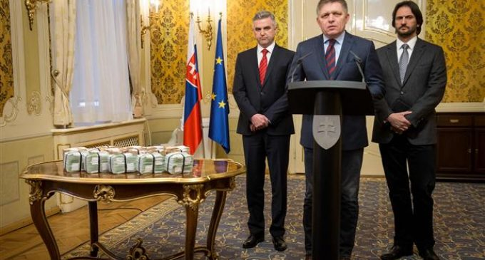Slovakia government moves closer to collapse
