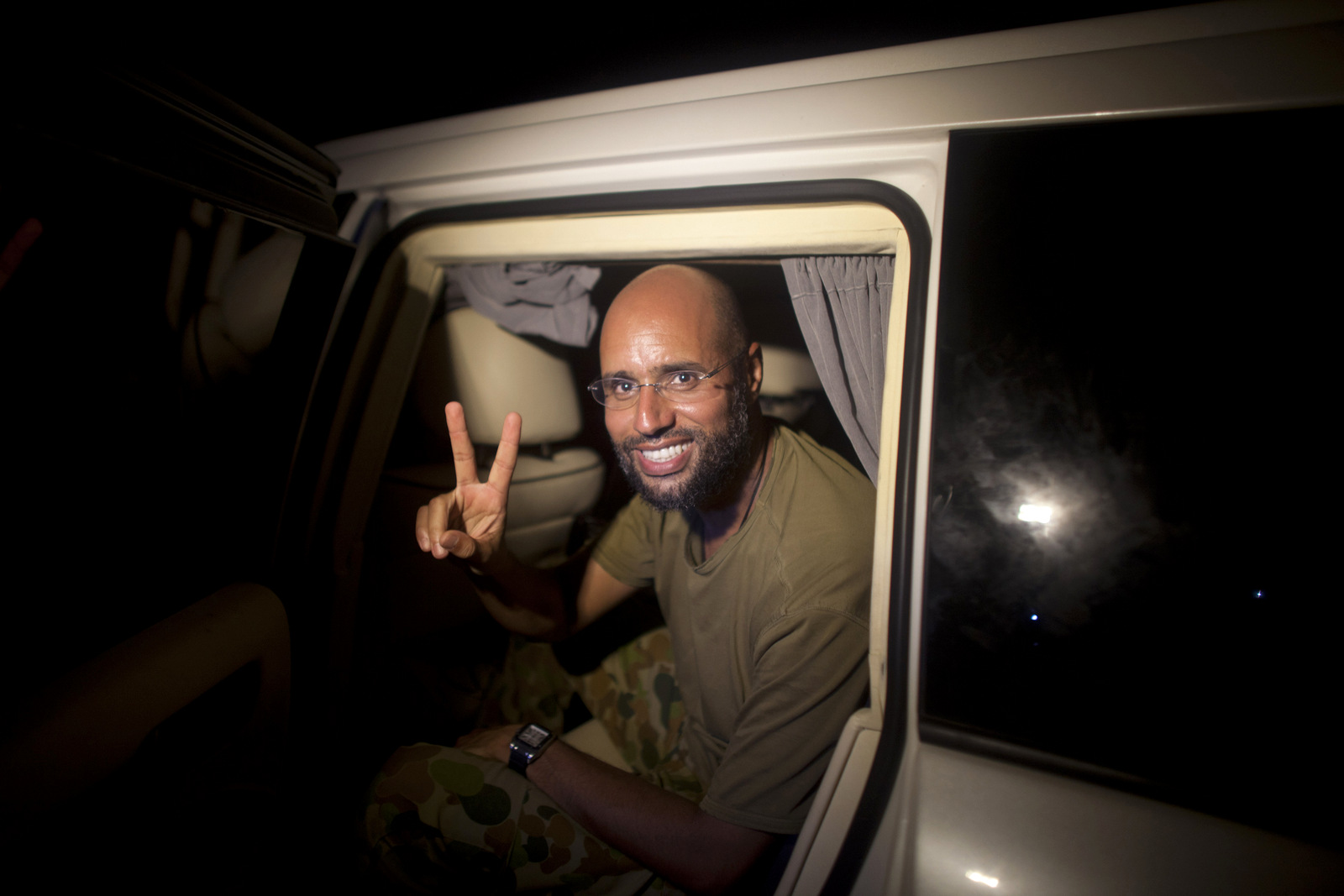 """Gaddafi's Son Hopes to """"Restore the National State and Sovereignty"""" in Libya"""