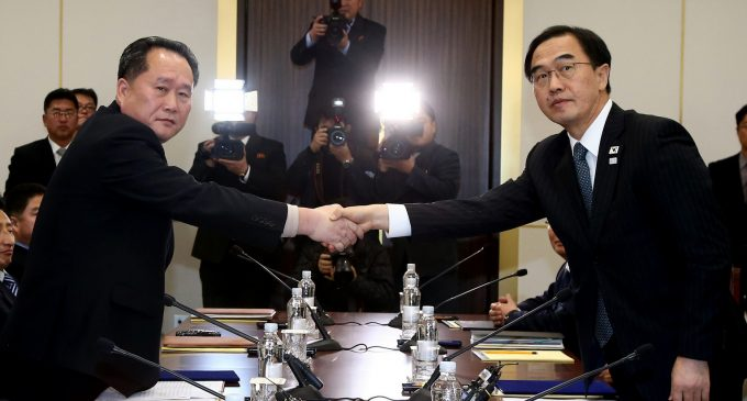 If the Leaders of the Two Koreas Can Meet, Why Can't Those of Saudi Arabia and Iran?