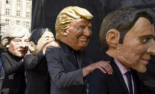 "France's Macron Blasts ""Very Insane"" US Strategy as Trump Mulls Scrapping Iran Nuke Deal"