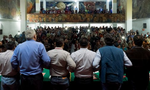 """From Brazil to Ecuador to US, Mexico's Labor Unions Learn Lessons of Trusting """"Progressive"""" Presidents"""