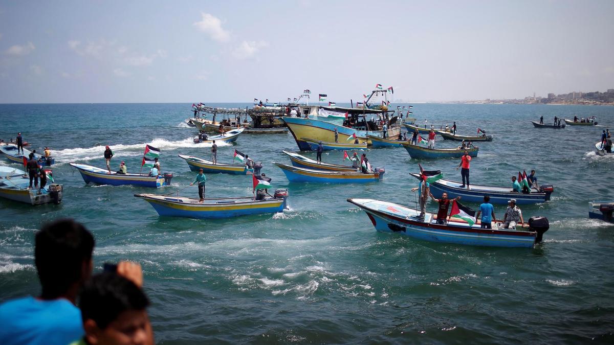 Israeli Occupation Forces Block Flotilla as it Leaves Gaza for Cyprus