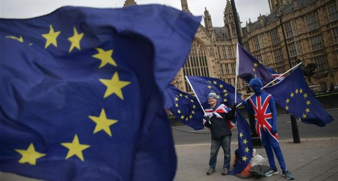 Anti-Brexit group launches campaign for 2nd referendum