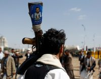 Yemen's Houthis Strike Back Amid Saudi-led Bombardment of Hodeida