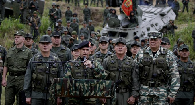 Venezuela to Launch Local Defense Committees as Maduro Makes Changes to Top Military Brass