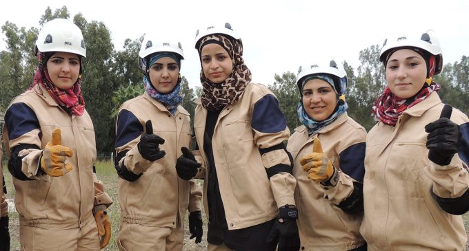 Western Governments Seek to Evacuate White Helmets from Syria, Resettle Them in Canada
