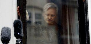 "Ecuador Rumored to Hand Julian Assange to UK Authorities in ""Days"" or ""Weeks"""