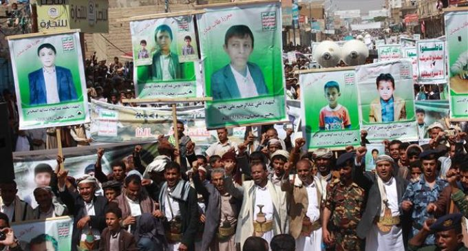 1000s of protesters in Sa'ada condemn Saudi slaughter of Yemeni children