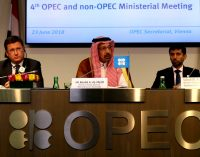 """What's Really Going On Behind the """"Secret"""" Saudi-Russia Oil Deal"""