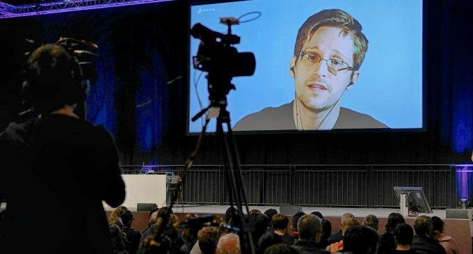 Edward Snowden to Address Select Audience in Israel: Will He Take On Israel's Surveillance State?