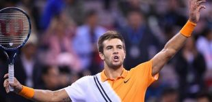 Shanghai Masters: Coric beats Federer to reach final