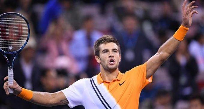 Shanghai Masters: Coric beats Federer to reach final