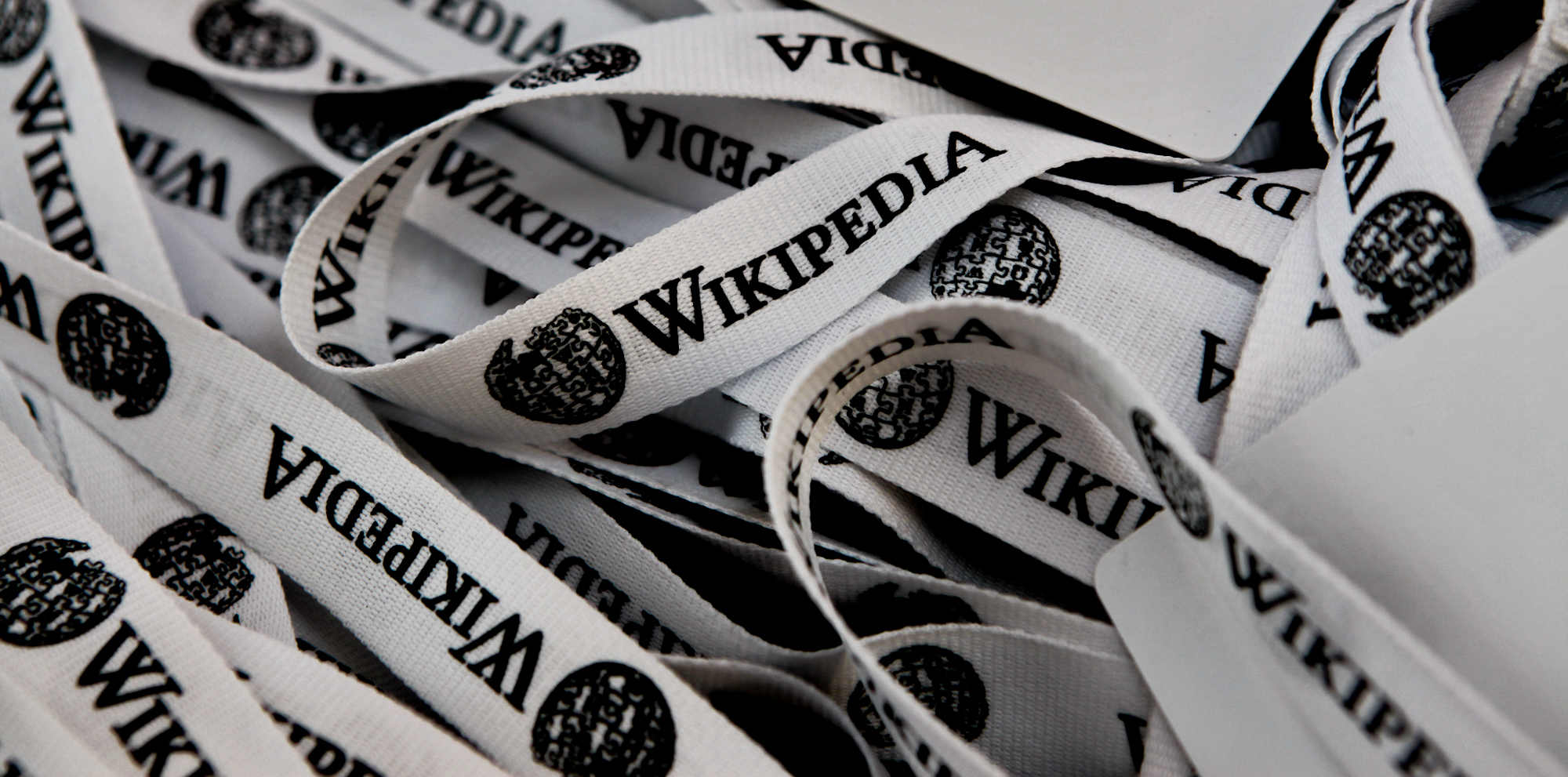 Phillip Cross: The Mystery Wikipedia Editor Targeting Anti-War Sites