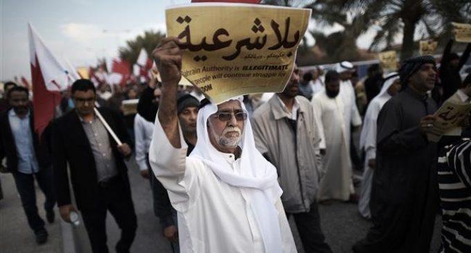 Bahraini opposition groups urge boycott of elections