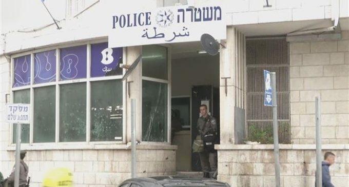 Israel arrests several Palestinians including al-Quds governor