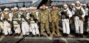 Ukrainian President Petro Poroshenko's Pro-Nazi Soldier Photo Op