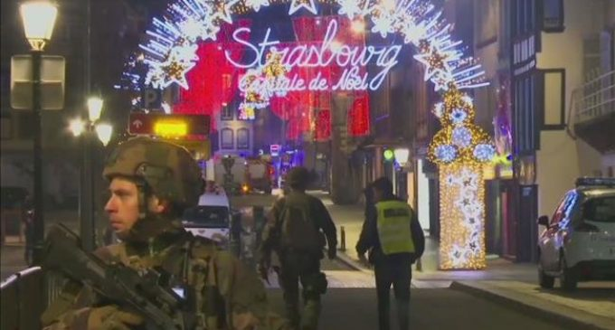 France gunman attack leaves 2 dead
