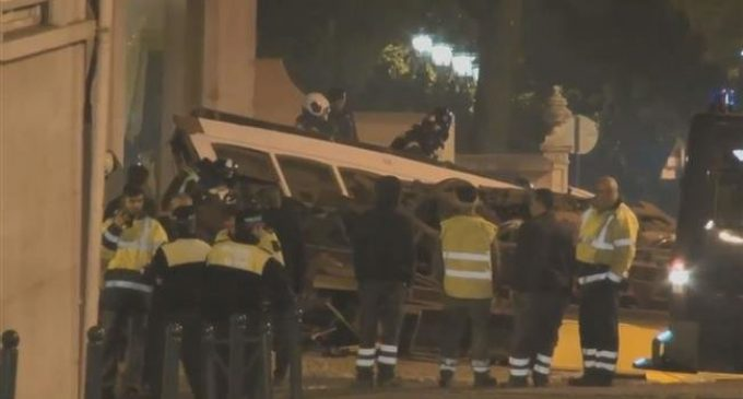 Portugal: 28 injured as Lisbon tram derails, flips over