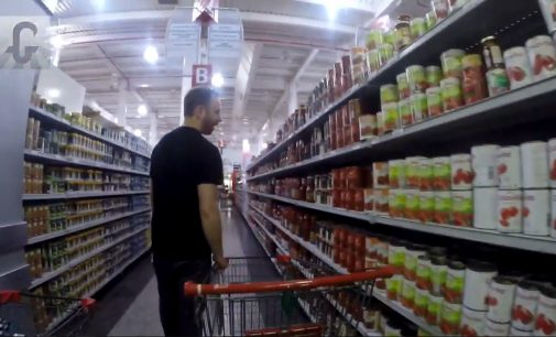 Investigating Venezuela's 'Humanitarian Crisis': Max Blumenthal Tours a Supermarket in Caracas