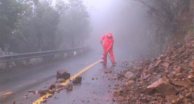 Heavy rainfall batters east China