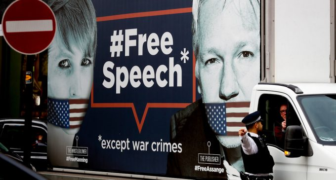 Assange Ecuadorian Extradition Noose Tightens with INA Papers as Latest Slipknot