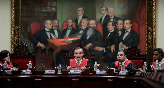 Venezuela accuses 4 more lawmakers of treason