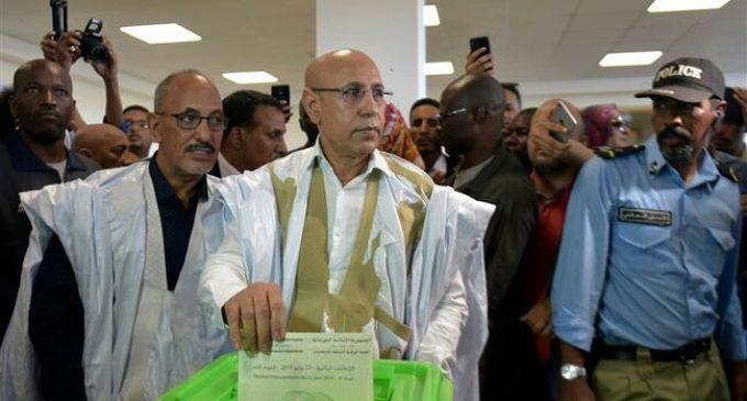 Ruling party candidate declares himself victor in Mauritania vote