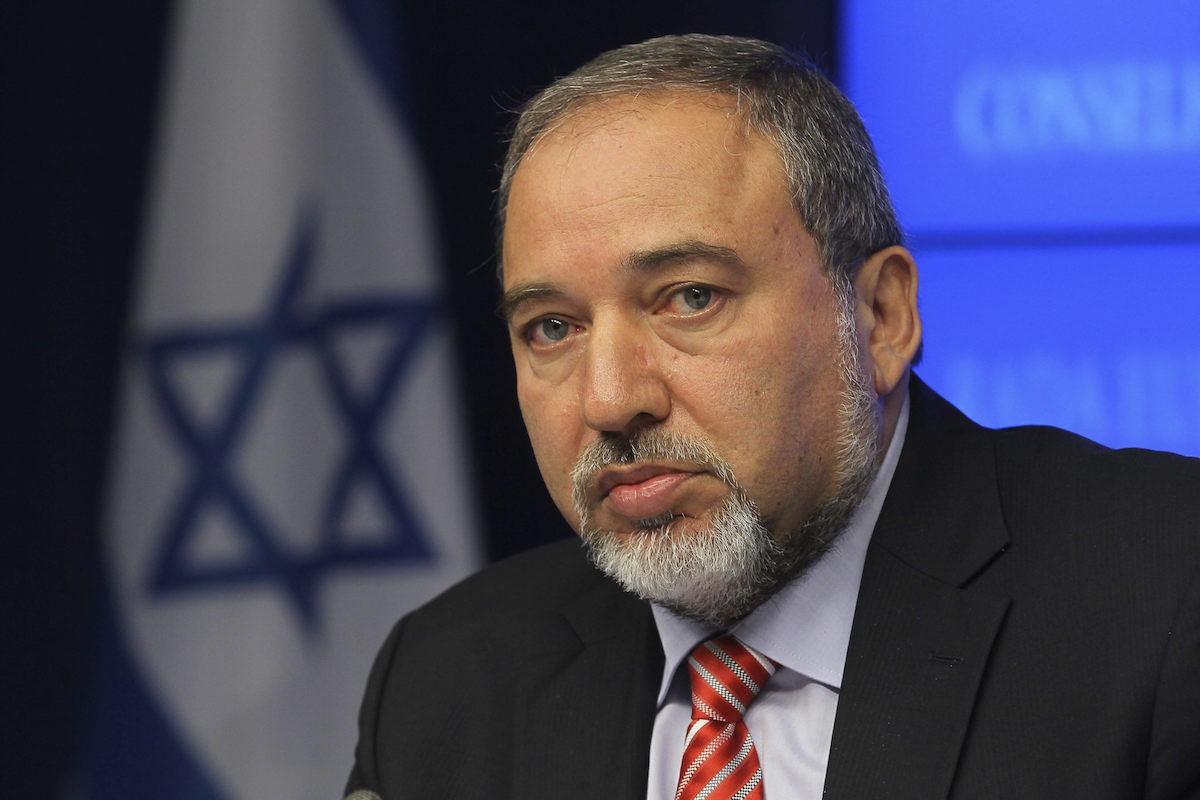 What does Avigdor Lieberman know?, by Thierry Meyssan