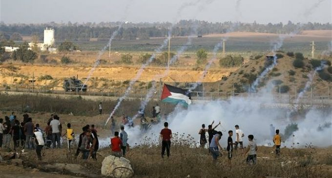 Over 30 Gazans injured by Israeli troops